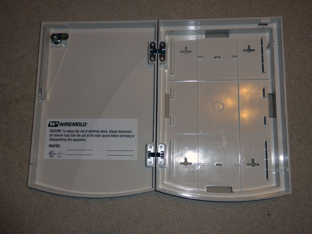Ausgezeichnet Wiremold V500 Galerie - Schaltplan Serie Circuit ...
